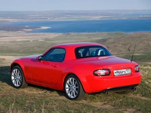 mazda_mx-5_roadster-coupe_63