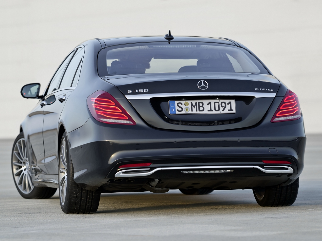 Mercedes-Benz S 350 BlueTec AMG Sports Package (W222) '20133