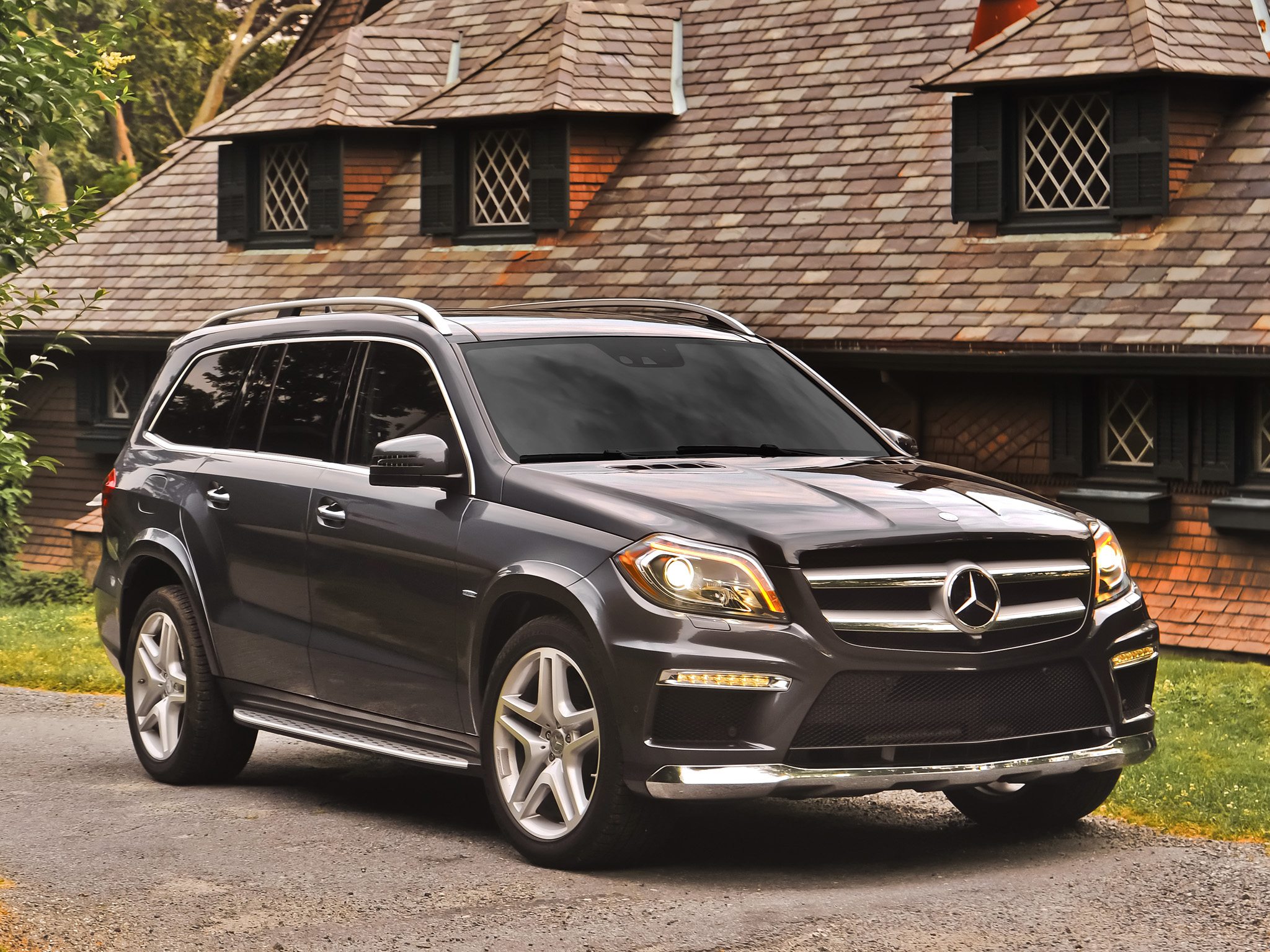 Mercedes benz gl range rover for Mercedes benz rover