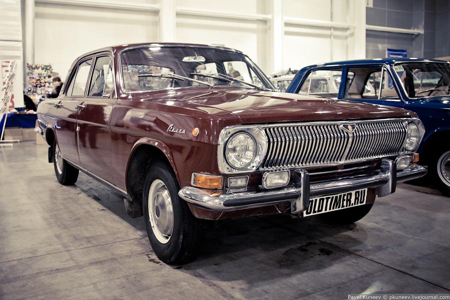 ГАЗ 24 в первозданном виде. Все хром-элементы как на новом автомобиле из СССР.