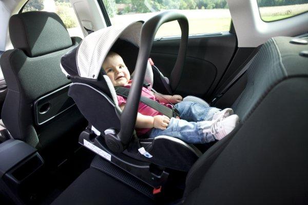 как установить детское автокресло в машину citroen
