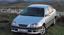 Toyota Avensis I (T220) 1997-2003