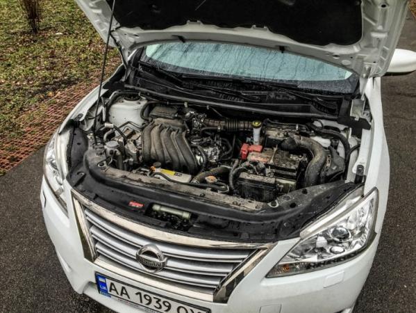 1.6 HR16DE под капотом Nissan Sentra.