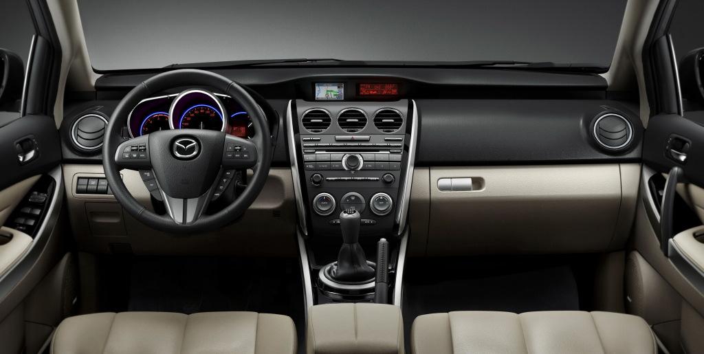 Mazda CX-7 2009-2012 интерьер