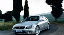 Lexus IS (XE10) 1999–2005